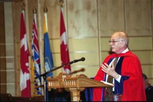 Daniel Kahneman speaking at the Congregation ceremony